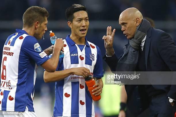 Stijn Schaars of Heerenveen Yuki Kobayashi of Heerenveen coach Jurgen Streppel of Heerenveenduring the Dutch Eredivisie match between sc Heerenveen...