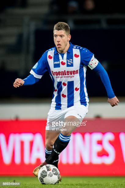 Stijn Schaars of sc Heerenveen during the Dutch Eredivisie match between sc Heerenveen and VVV Venlo at Abe Lenstra Stadium on December 09 2017 in...
