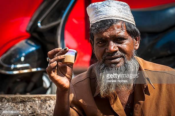 CONTENT] Stili di vita Composizione orizzontale Asia India Mercato Multicolore Religioni e filosofie Adulto Pune Maharashtra India Market Uomini...