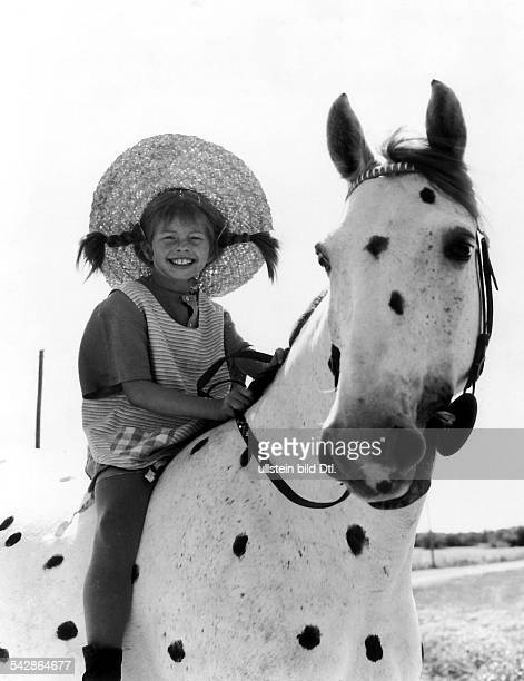 PIPPI LONGSTOCKING 1969 Still from the Swedish film Pippi Longstocking starring Inger Nilsson Directed by Olle Hellbom 1969
