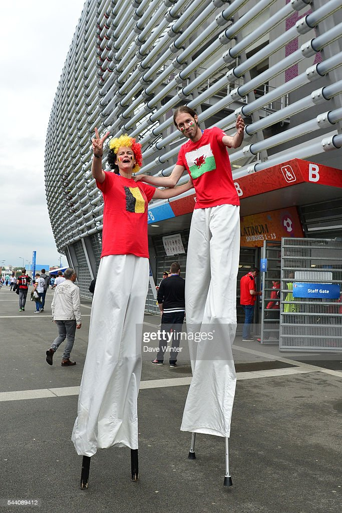 Stilt walkers outside the stadium before the UEFA Euro 2016 Quater Final between Wales and Belgium at Stade Pierre-Mauroy on July 1, 2016 in Lille, France.