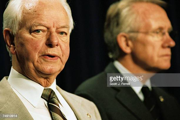 STIMULUSSenate Appropriations Chairman Robert C Byrd DWVa and Senate Majority Whip Harry Reid DNev during a news conference on the economic stimulus...