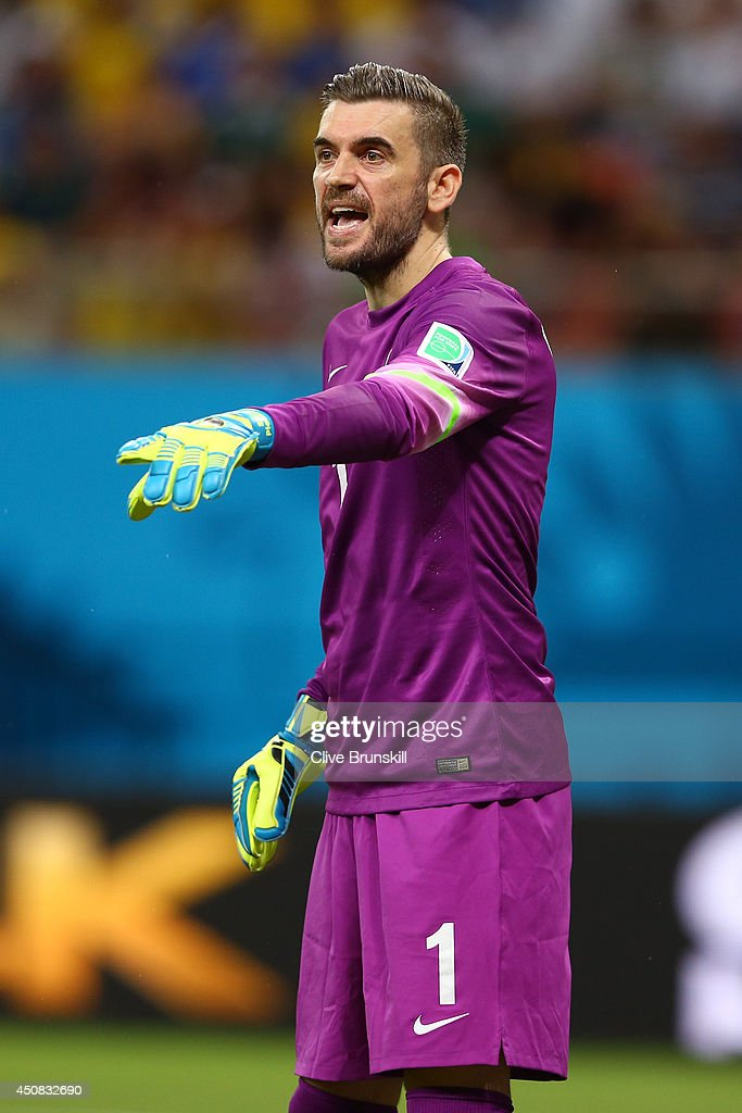 Stipe Pletikosa of Croatia gestures during the 2014 FIFA World Cup Brazil Group A match between Cameroon and Croatia at Arena Amazonia on June 18...