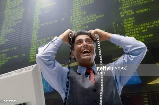Sonriendo al lado de corredor de Stock