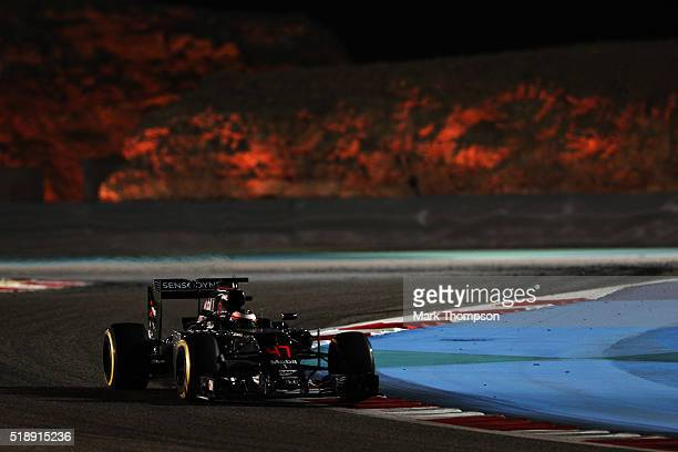 Stoffel Vandoorne of Belgium drives the McLaren Honda Formula 1 Team McLaren MP431 Honda RA616H Hybrid turbo on track during the Bahrain Formula One...