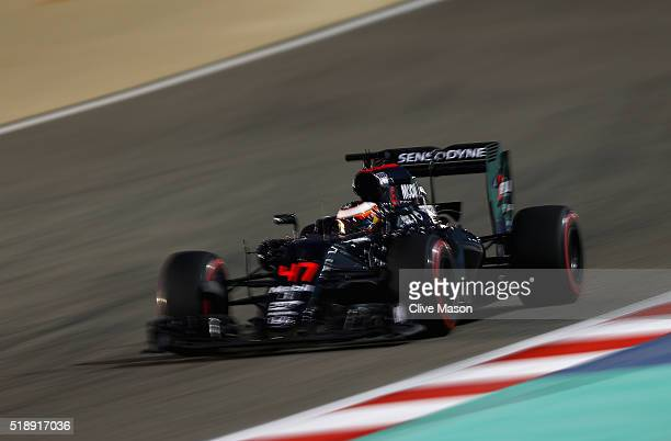 Stoffel Vandoorne of Belgium drives the McLaren Honda Formula 1 Team McLaren MP431 Honda RA616H Hybrid turbo on track during the Bahrain Formula One...