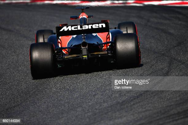 Stoffel Vandoorne of Belgium driving the McLaren Honda Formula 1 Team McLaren MCL32 on track during day three of Formula One winter testing at...