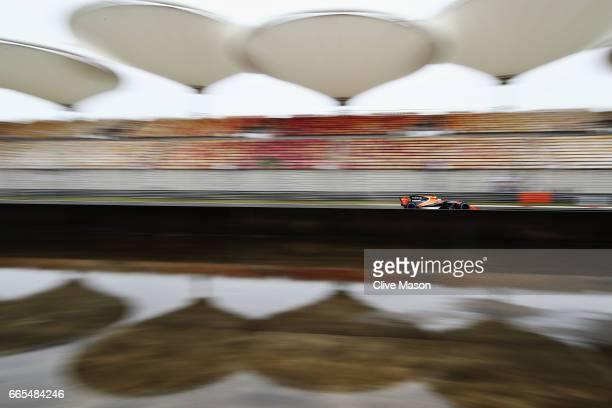 Stoffel Vandoorne of Belgium driving the McLaren Honda Formula 1 Team McLaren MCL32 on track during practice for the Formula One Grand Prix of China...