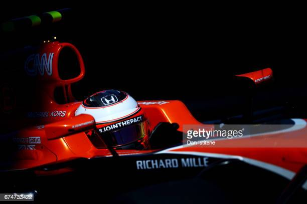 Stoffel Vandoorne of Belgium driving the McLaren Honda Formula 1 Team McLaren MCL32 during final practice for the Formula One Grand Prix of Russia on...