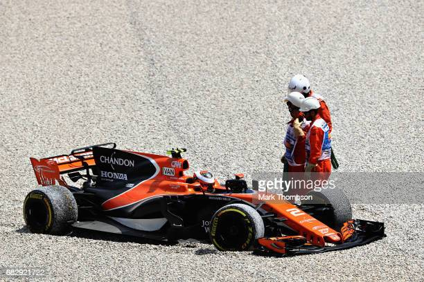 Stoffel Vandoorne of Belgium driving the McLaren Honda Formula 1 Team McLaren MCL32 retires during the Spanish Formula One Grand Prix at Circuit de...