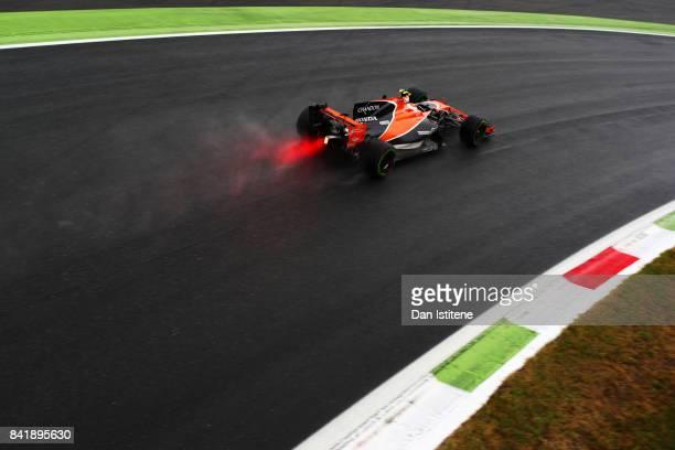 Stoffel Vandoorne of Belgium driving the McLaren Honda Formula 1 Team McLaren MCL32 on track during qualifying for the Formula One Grand Prix of...