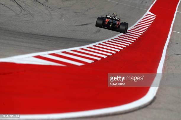 Stoffel Vandoorne of Belgium driving the McLaren Honda Formula 1 Team McLaren MCL32 on track during qualifying for the United States Formula One...