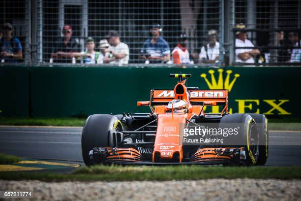 Stoffel Vandoorne of McLaren Honda F1 Team competes in the 2nd F1 practice session at the 2017 Australian Formula 1 Grand Prix on March 24 2017 in...