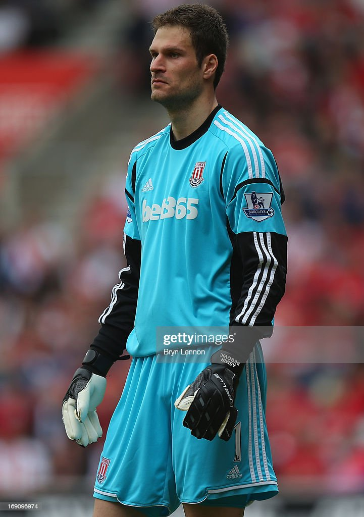 Stoke City goal keeper <a gi-track='captionPersonalityLinkClicked' href=/galleries/search?phrase=Asmir+Begovic&family=editorial&specificpeople=4184467 ng-click='$event.stopPropagation()'>Asmir Begovic</a> looks on during the Barclays Premier League match between Southampton and Stoke City at St Mary's Stadium on May 19, 2013 in Southampton, England.