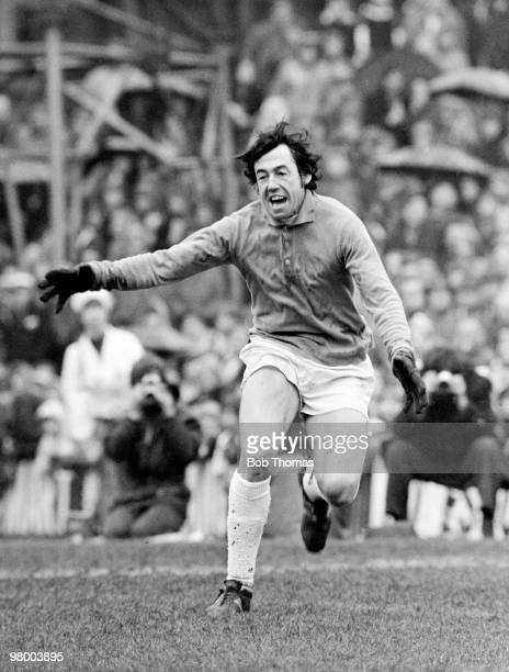 Stoke City goalkeeper Gordon Banks during the First Divison league match against Leeds United at the Victoria Ground in Stoke 8th April 1972 Leeds...