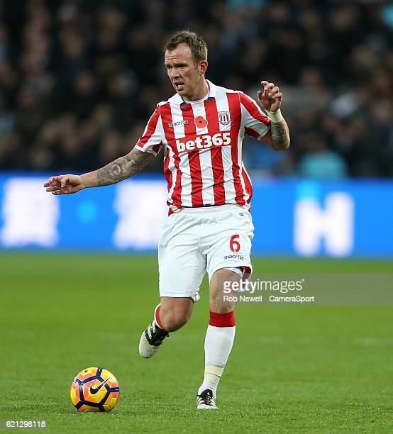 Stoke City's Glenn Whelan during the Premier League match between West Ham United and Stoke City at Olympic Stadium on November 5 2016 in London...