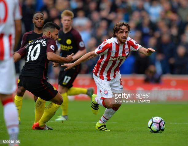 Stoke City's Joe Allen gets away from Manchester City's Sergio Aguero