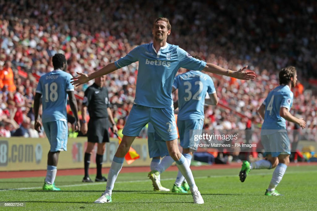 Southampton v Stoke City - Premier League - St Mary's Stadium : News Photo