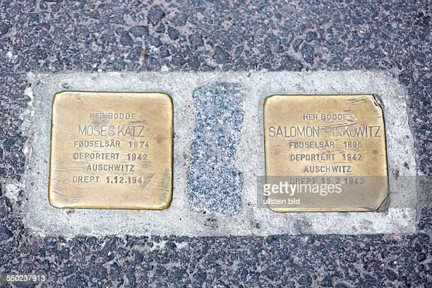 Stolpersteine aus Messing erinnern an 1942 aus Oslo deportierten Juden