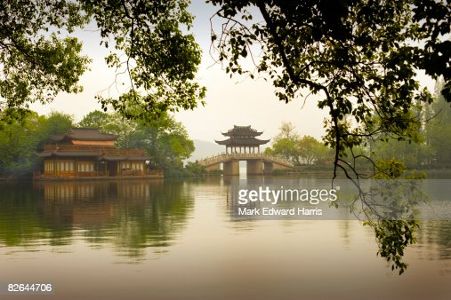 Stone Bridge over West Lake, Hangzhou, China