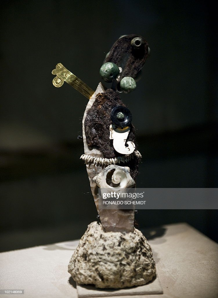 A stone knife is displayed during a presentation for the press of the exhibition 'Moctezuma II' at the Templo Mayor museum, in Mexico City, on June 16, 2010. AFP PHOTO/Ronaldo Schemidt