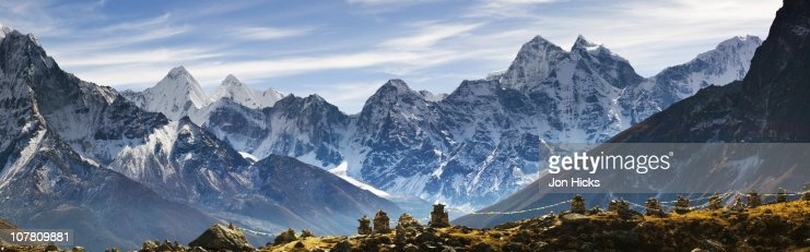 Stone memorials to those killed on Mount Everest. : Stock Photo