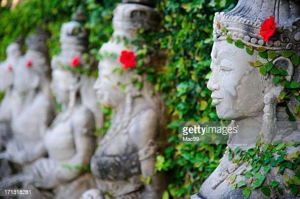 バリの石の彫刻
