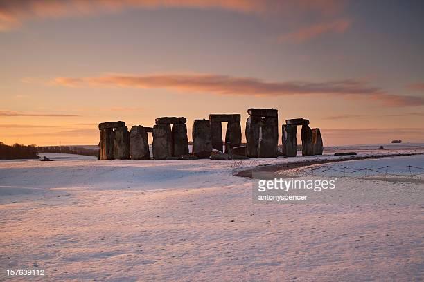 Stonhenge winter sunrise