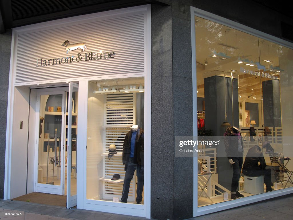 Store of the italian brand harmont and blaine known by his for Blaine storage