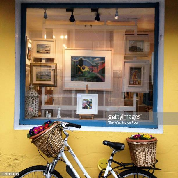 Storefront of the LaVelle Gallery in Clifden