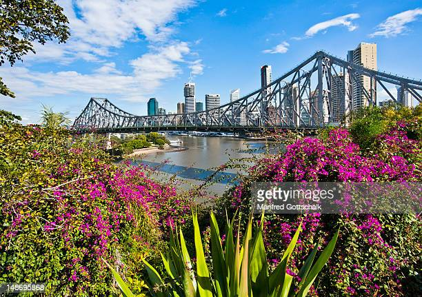 Story Bridge and city skyline with Brisbane River.