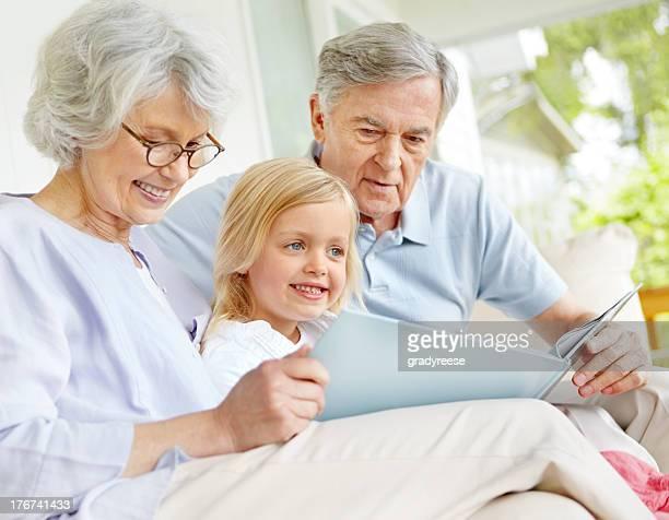 Geschichtenerzählen mit Opa und granny!