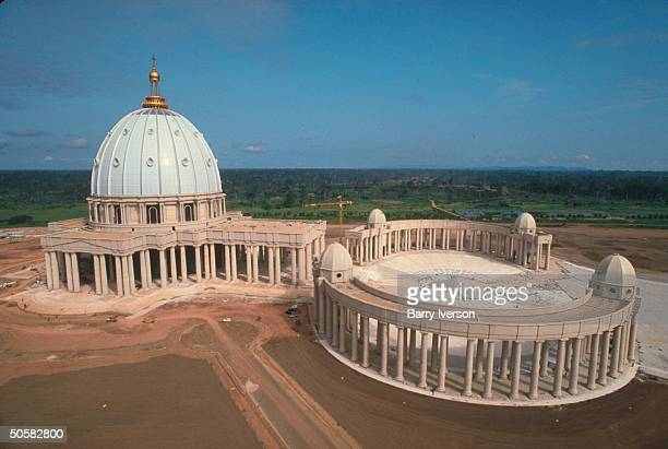 StPeter'slike Basilica of Our Lady of Peace being built for $2 mill pet project of Pres HouphouetBoigny Roman Catholic convert