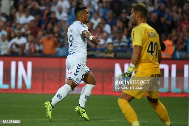 Strasbourg's French forward Idriss Saadi celebrates after scoring a goal during the French L1 football match between Montpellier and Strasbourg on...