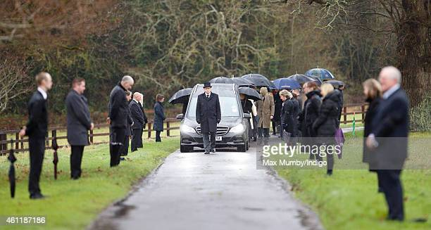 Stratfield Saye estate workers line the road to Stratfield Saye Church as Arthur Valerian Wellesley The 8th Duke of Wellington's cortege processes to...
