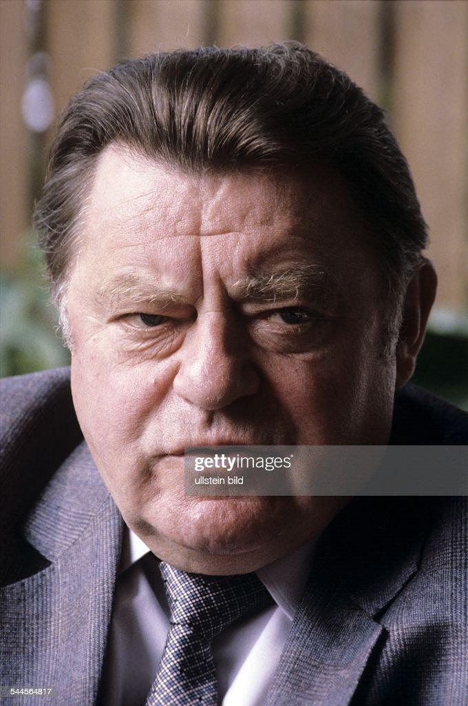 Strauss Franz Josef *Politiker CSU D Portrait 1980