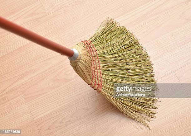 Paille Broom