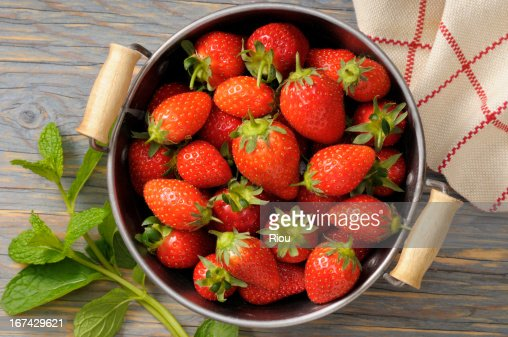 strawberry and mint : Foto de stock