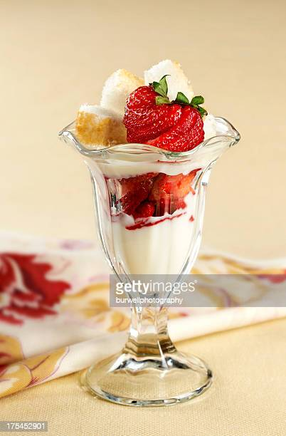 Strawberry and yogurt Parfait