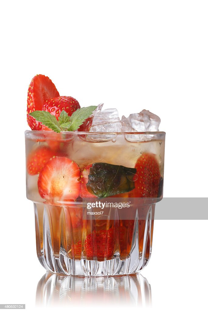 Strawberry mint smash : Stock Photo