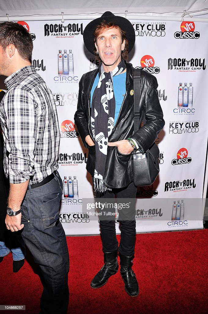 Stray Cats drummer <a gi-track='captionPersonalityLinkClicked' href=/galleries/search?phrase=Slim+Jim+Phantom&family=editorial&specificpeople=1183343 ng-click='$event.stopPropagation()'>Slim Jim Phantom</a> arrives at the premiere party for VH1 Classic's 'Rock 'N' Roll Fantasy Camp' TV show on October 5, 2010 in Los Angeles, California.