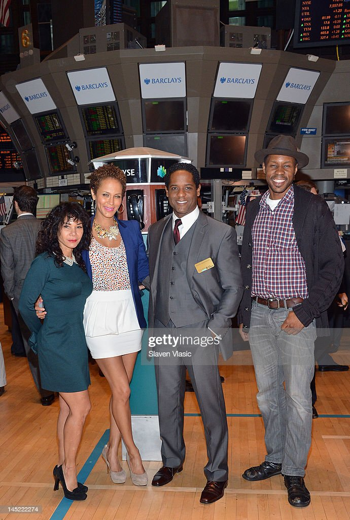 "The Cast Of ""A Street Car Named Desire"" Visit The New York Stock Exchange"