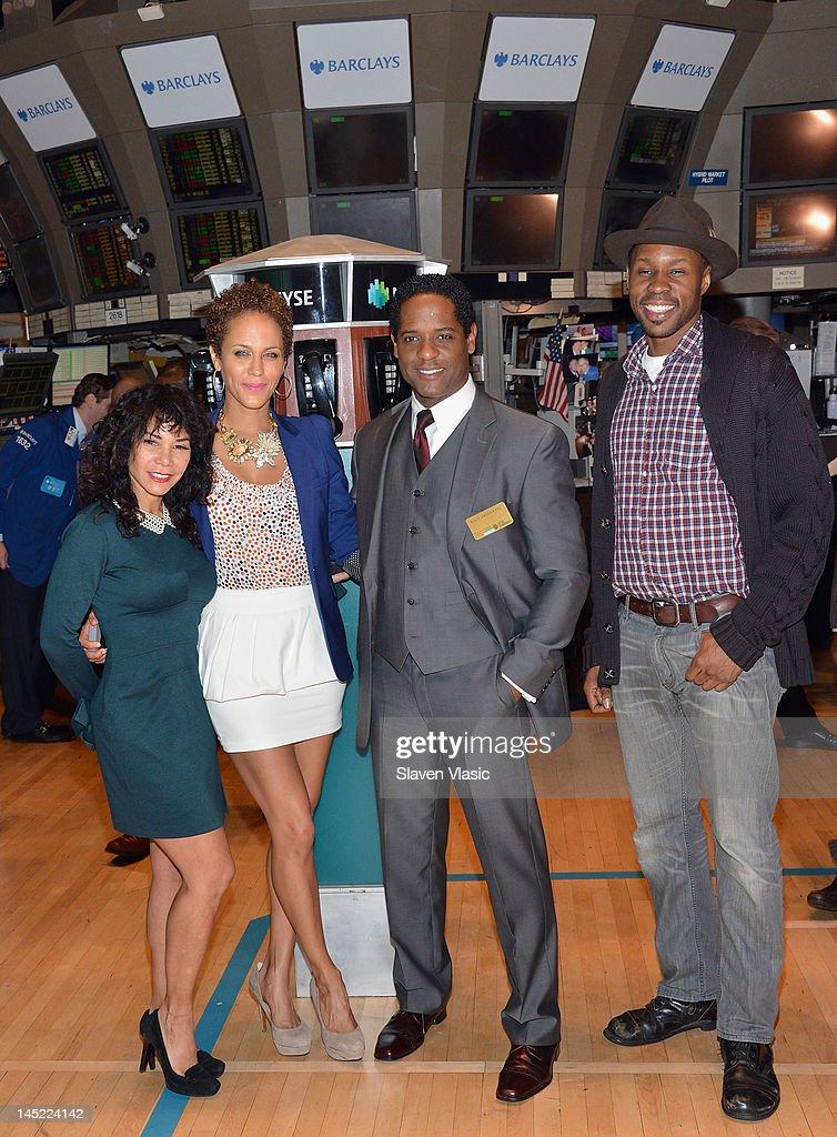 'A Street Car Named Desire' cast members Daphne RubinVega Nicole Ari Parker Blair Underwood and Wood Harris visit the New York Stock Exchange on May...