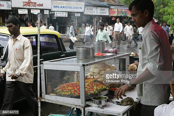A Street food vendor at Dadar in Mumbai