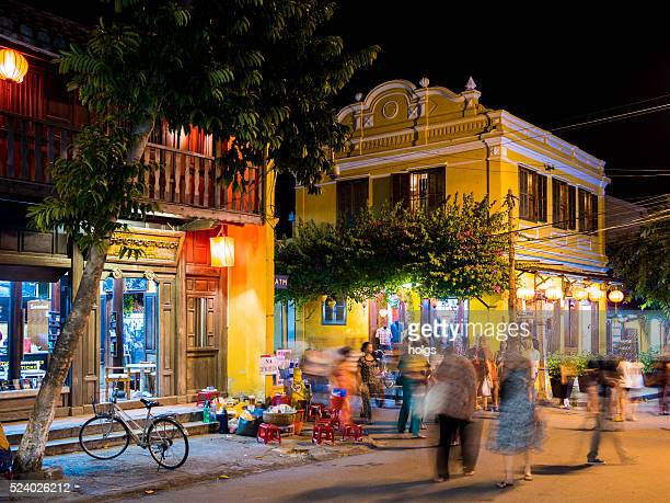Rue dans la vieille ville de Hoi un et du Viêt Nam