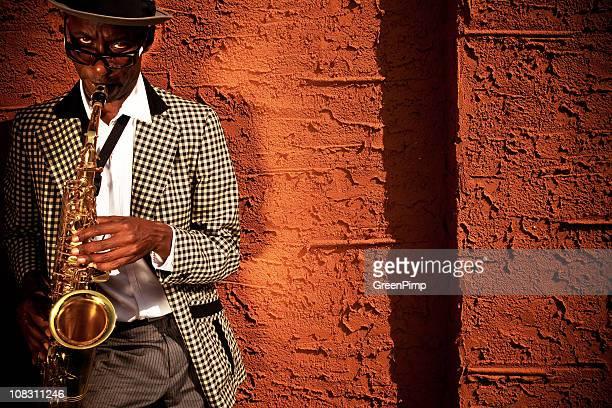 Straßenmusiker Saxophon-Spieler