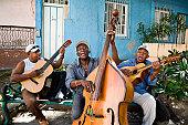 Street musicians, Cuba