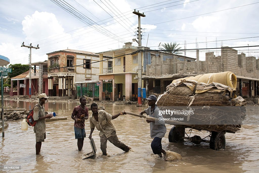 A street scene in the centre of the city of Gonaives two weeks after it was flooded during Hurricanes Ike and Hanna At this point most of the water...