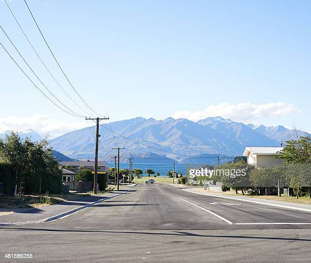 Street scene overlooking Wanaka lake