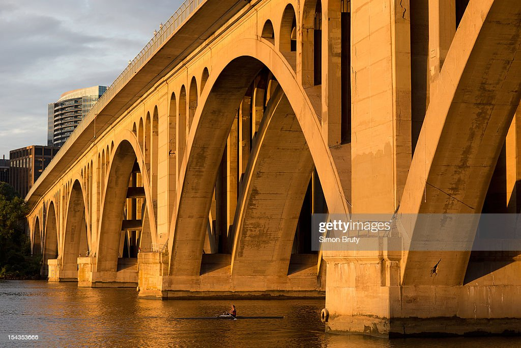 Scenic closeup view of Francis Scott Key Bridge over the Potomac River. Key Bridge connects the District of Columbia with Northern Virginia. Simon Bruty F34 )